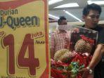 durian-j-queen-dengan-harga-rp-14-juta-per-butir.jpg