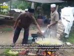 emaah-tajul-qura-kupang-kecamatan-tapin-utara-memasak-sajian.jpg