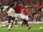 eric-bailly-mohamed-salah-manchester-united-vs-liverpool-liga-inggris-premier-league.jpg