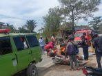evakuasi-pengendara-roda-dua-yang-diduga-korban-tabrak-lari.jpg
