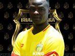 ezechiel-ndouassel-resmi-bergabung-ke-bhayangkara-fc-pada-bursa-transfer.jpg