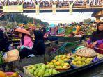 festival-pesona-pasar-terapung-lok-baintan-berlangsung-meriah.jpg
