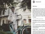 foto-ridwan-kamil-berpose-ala-soekarno-yang-diunggah-di-instagramnya_20160817_153221.jpg