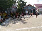 futsal-di-halaman-kantor-kecamatan-banjarmasin-selatan_20180920_111244.jpg