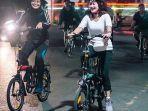 goweser-perempuan-banjarmasin-night-ride-menggunakan-perlengkapan-keamanan.jpg