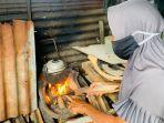 hamdiah-beralih-menggunakan-kayu-bakar-untuk-memasak.jpg