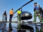 helikopter-untuk-jatuhkan-bom-air-di-lahan-terbakar-di-provinsi-kalsel-30082021.jpg