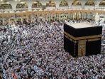 ilsutrasi-jemaah-umrah-mengeliling-kabah-di-mekkah-arab-saudi.jpg