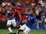 isco-italia-vs-spanyol-kualifikasi-piala-dunia-2018.jpg
