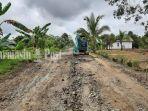 jalan-desa-danda-jaya-dan-desa-patih-selera-kecamatan-rantau-badauh-kabupaten-batola-09052021.jpg