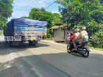 jalan-di-danau-cermin-kecamatan-amuntai-tengah-kabupaten-hsu-06072021.jpg