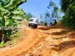 jalan-menuju-desa-datar-ajab-hantakan-kabupaten-hst-kalsel-190720211907202119072021.jpg
