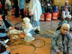 jemaah-haji-asal-kabupaten-tapin-di-kloter-05-tertahan.jpg