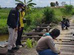 jembatan-di-desa-tatah-alayung-kecamatan-mandastana-kabupaten-barito-kuala-sebelum-perbaikan.jpg