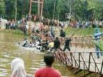 jembatan-gantung-putus_20151227_164752.jpg
