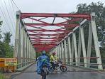 jembatan-paringin-kabupaten-balangan-provinsi-kalimantan-selatan-kamis-14012021.jpg