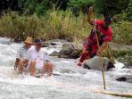 joki-bamboo-rafting-rakit-bambu_20180528_070653.jpg