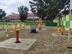 kalselpedia-alat-olahraga-di-lapangan-pahlawan-amuntai-kabupaten-hsu-12082021.jpg