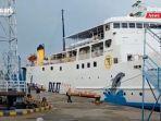 kapal-dharma-lautan-utama-sandar-di-pelabuhan-sampit-kabupaten-kotim-kalteng-07062021.jpg