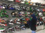 karyawan-di-banjarmasin-helmet-gallery_20180501_141000.jpg