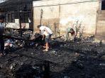 kebakaran-di-desa-kedundung-ludeskan-4-rumah.jpg