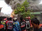 kebakaran-di-jalan-anang-adenansi-kelurahan-antasan-besar-banjarmasin-senin-2604202126042021.jpg