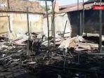 kebakaran-di-kalsel-puing-rumah-di-jalan-cempaka-gang-penawar-martapura-20072021.jpg