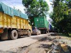 kemacetan-lalu-lintas-desa-sungai-gampa-asahi-rantau-badauh-batola-kasel-07022021.jpg