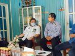 kepala-diskominfo-h-junaidi-di-kantor-pwi-kabupaten-kapuas-kalteng-rabu-14072021.jpg