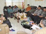 kepala-kantor-kementerian-agama-kabupaten-kapuas-h-ahmad-bahruni-saat.jpg