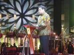ketua-umum-dpp-partai-golkar-airlangga-hartarto-menyampaikan-pidato-politik-sabtu-23102021.jpg