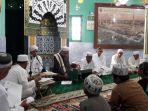 khadamul-majelis-raudhaturrahmah-memperingati-hari-asyura-10-muharram_20171001_161024.jpg