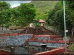 kolam-pemandian-di-tahura-sultan-adam-mandiangin-kabupaten-banjar.jpg