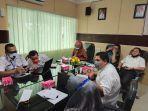komisi-iv-dprd-banjarmasin-menggelar-rapat-dengan-dinas-pendidikan-disdik.jpg