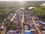 kompleks-perumahan-di-kelurahan-rangda-malingkung-tapin-kalsel-terendam-31102020.jpg
