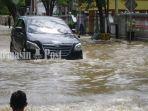 kondisi-banjir-di-pusat-kota-amuntai-kabupaten-hulu-sungai-utara.jpg