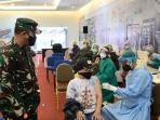 korem-101antasari-melaksanakan-serbuan-vaksinasi-tni-di-duta-mall-banjarmasin-sabtu-17072021.jpg
