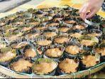 kue-apam-barabai-kue-sangat-khas-dan-terkenal-dari-kabupaten-hulu-sungai-tengah-10022021.jpg