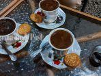 kuliner-kalsel-pilihan-kopi-turki-yang-bisa-dinikmati-di-warung-kopi-karoma-banjarbaru-06072021.jpg