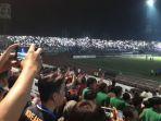lampu-stadion-gelora-delta-sidoarjo-tiba-tiba-mati_20180712_223810.jpg