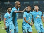 live-streaming-indosiar-persela-vs-psis-di-liga-1-pekan-24_20181005_155353.jpg