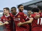 liverpool-merayakan-gol-yang-dicetak-daniel-sturridge-ke-gawang-huddersfield-town_20171125_081110.jpg