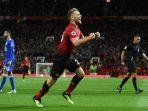 luke-shaw-merayakan-gol-manchester-united-ke-gawang-leicester-city_20180811_060014.jpg