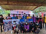 mahasiswa-pips-fkip-ulm-bersama-bem-se-kalsel-bantu-korban-banjir-pengaron-kabupaten-banjar.jpg