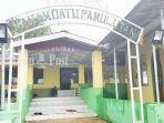 makam-datu-pamulutan-di-pulau-datu-kabupaten-tala-tujuan-wisata-religius-ternama-di-kalsel.jpg