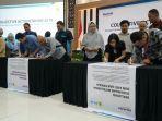 manajemen-bersama-mitra-kerja-menandatangani-deklarasi.jpg