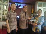 manajemen-garuda-indonesia-dan-pemkab-kotim_20160929_153811.jpg