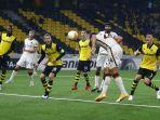 marash-kumbulla-mencetak-gol-dalam-laga-grup-a-liga-europa-young-boys-vs-as-roma.jpg