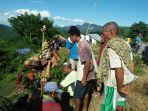 masyarakat-adat-desa-faennake-kecamatan-bikomi-utara-kabupaten-timor-tengah.jpg