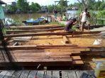material-perbaikan-jembatan-miring-di-rt-03-dan-rt-07.jpg